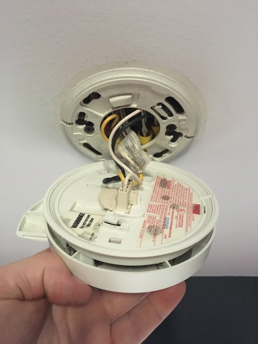 10 Year Worry Free Smoke Detectors With Lithium Battery In
